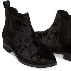 NEW TOMS Ella Black Velvet Ankle Boots